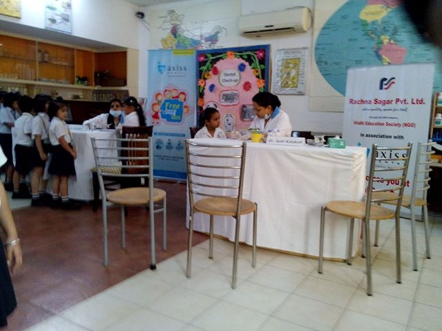 Dental check up camp : Indian Height School Dwarka